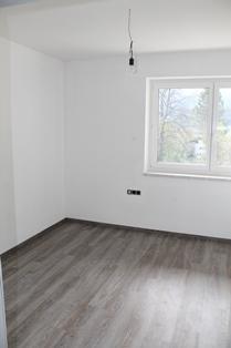 Wohnung 1 Stock Süd Ost Schlafzimmer mitte IMG_4113